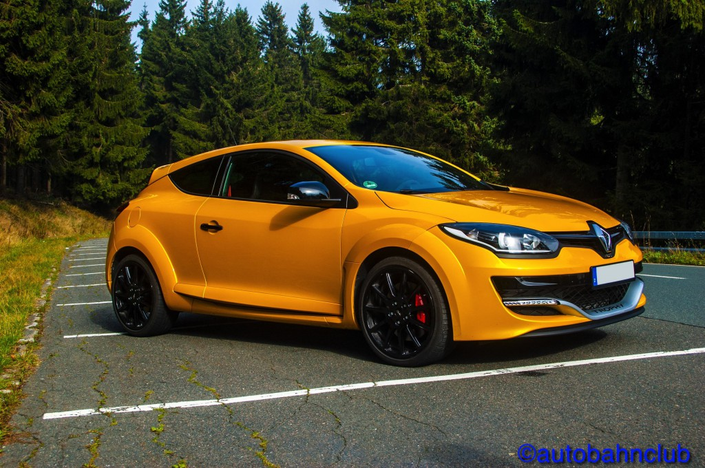 Copyright 2 1024x680 Renault Megane RS 275 TCe Trophy / Ultimate affordable Tracktool?