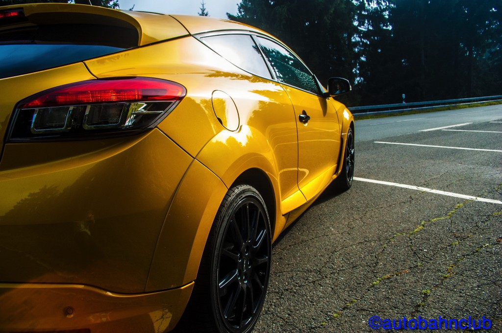 Copyright 4 1024x680 Renault Megane RS 275 TCe Trophy / Ultimate affordable Tracktool?